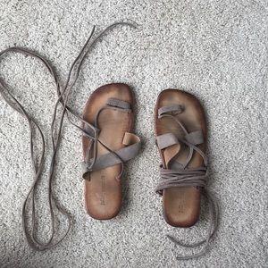Jeffrey Campbell aespidrell sandal